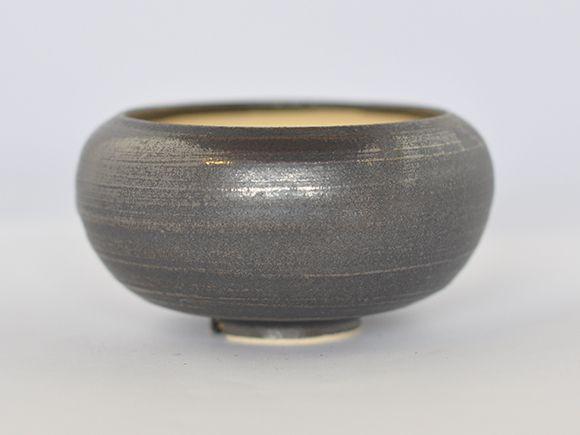 黒丸和鉢 金彩 宗蔵作