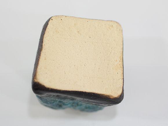ブルーガラス岩肌ミニ花入