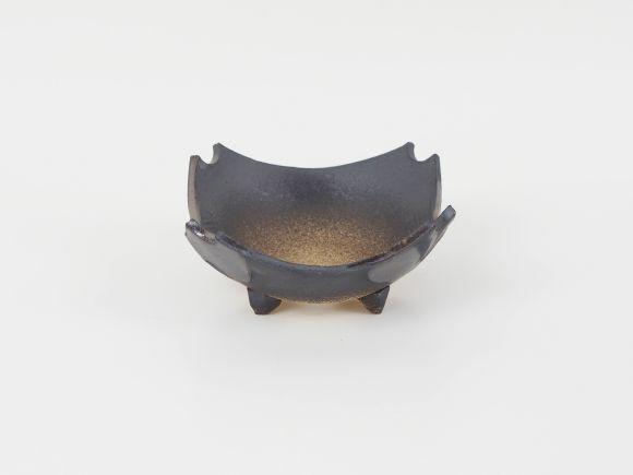 万古焼 黒金 4号 スミ切 幅12.5cm×高さ7cm