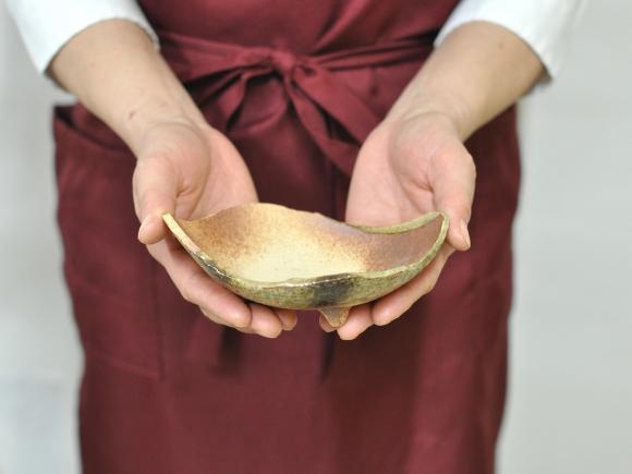 万古焼 茶オリベ 5号 木の葉 幅約16cm×奥行約13cm×高さ約5cm