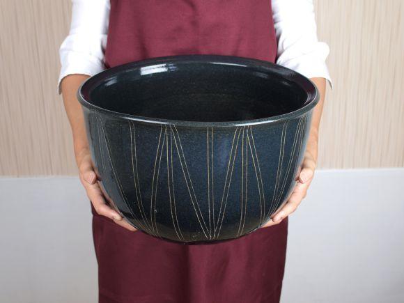 睡蓮鉢 めだか鉢 黒楕円立線水鉢 12号サイズ