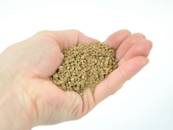 松盆栽の土 小品盆栽用【 小粒3mm-M 】オリジナル配合  重さ:1.6kg  内容量:1.6L
