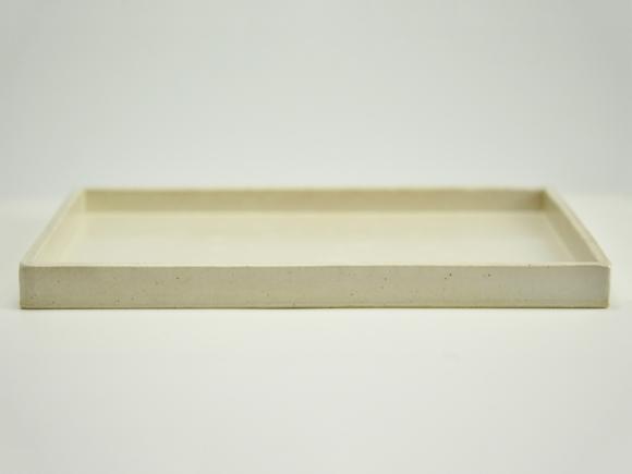 白 長角手造り水石 6号 幅約19cm×奥行約13cm×高さ約2〜3cm