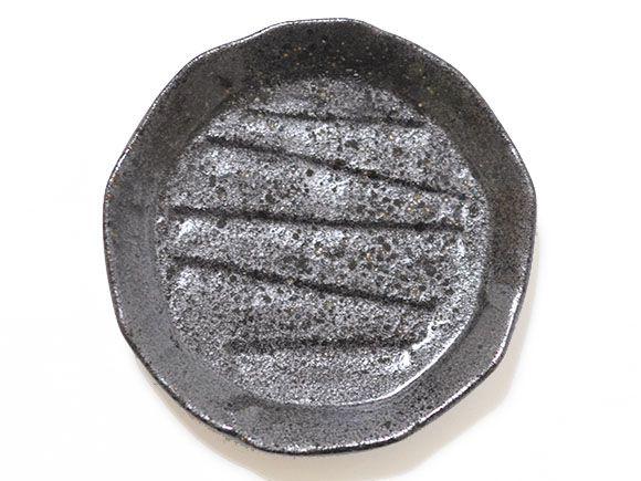 黒丸形皿 真上
